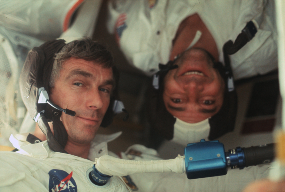 Apollo 17 NASA Genre Cernan Ronald Evans